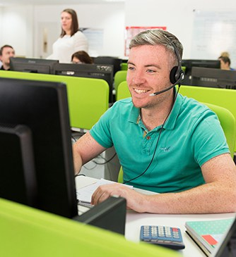 Man working in a call centre